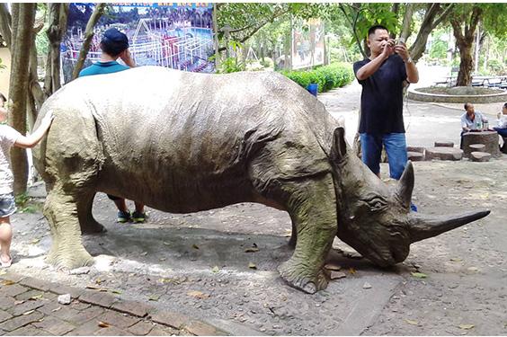 水泥雕塑12.jpg