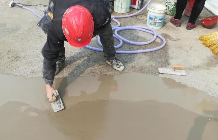 卓能达水泥路面快速修补料应用2.png