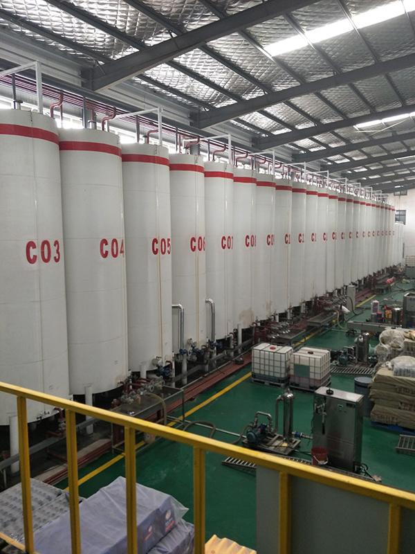 郑州道奇润滑油生产线设备.jpg